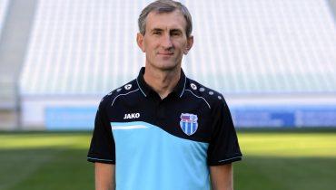 Игорь Меньщиков  - лучший тренер октября